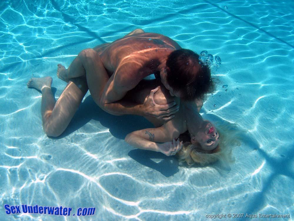 underwater sex clips free